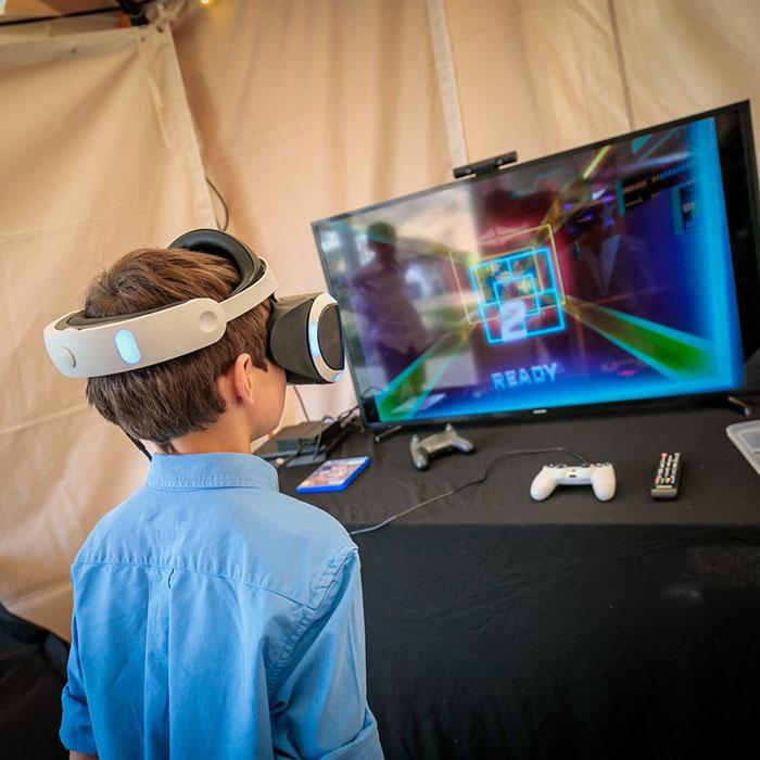 Virtual Reality - VR op feest in de tuin