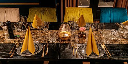 lekker tafelen in Villa Zwart Goud
